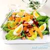 Mehka solata z jajcem in pomladansko zeliščno omako