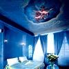 Nekatere sobe v hotelu Iron Gate imajo stropne poslikave iz 14. stoletja – lepe sanje so zagotovljene.