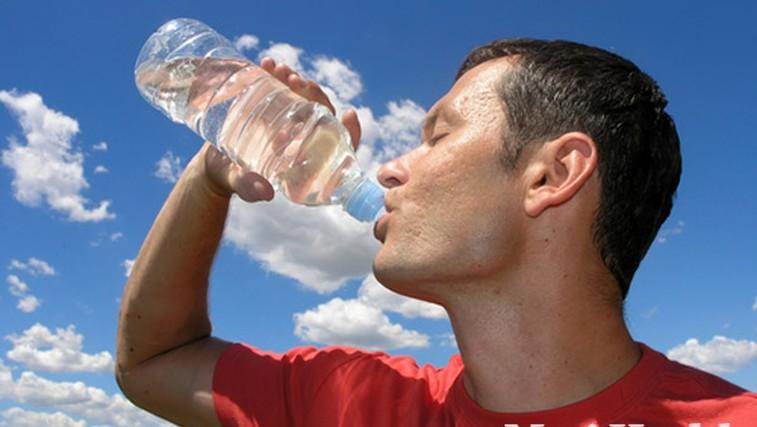 Voda kot hranilo (foto: Shutterstock.com)