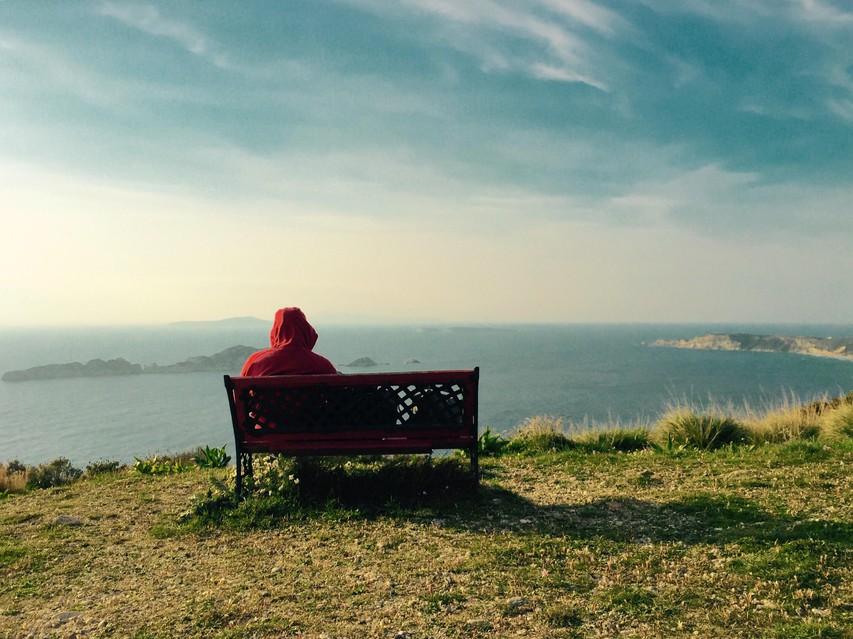 Pustite za seboj sledi otroštva: tipična bremena preteklosti