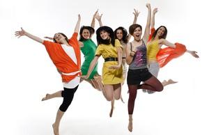 Nagradno s Kazino: Rada plešem, se gibam in klepetam.