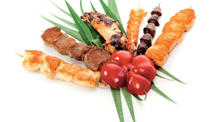 Krvna skupina AB – jedci mešane hrane (foto: Shutterstock.com)