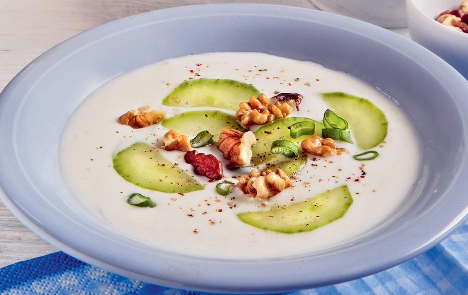 Hladna kumarična juha (foto: Arhiv Lisa Čarovnija okusa)