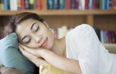 Zdravilen popoldanski spanec