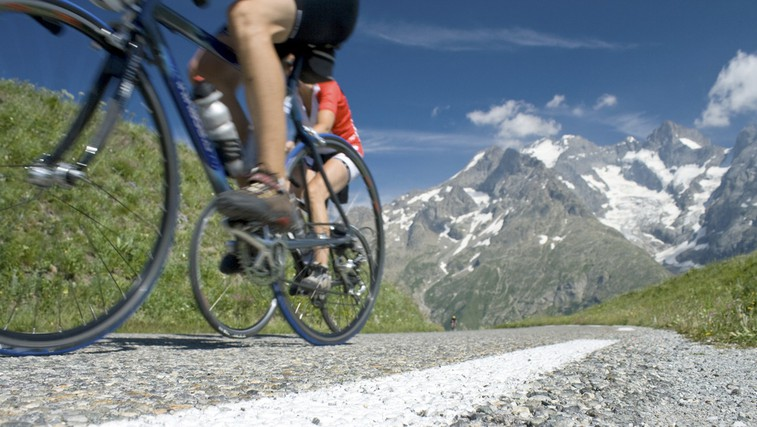 Kako vpliva kolesarjenje na porabo maščob? (foto: Shutterstock.com)