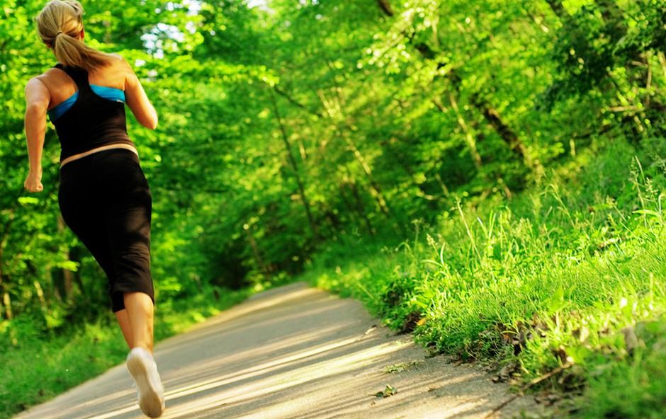 Tek in hujšanje (foto: Shutterstock.com)