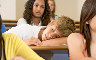 Koliko spanja potrebuje pubertetnik