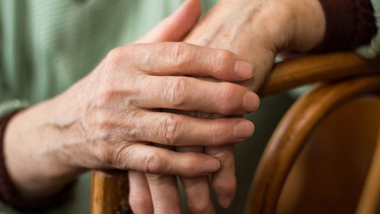 Pravočasno prepoznajte znake revmatične bolezni (foto: Shutterstock.com)