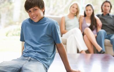 Kako se spoprijeti z najstnikom v puberteti?
