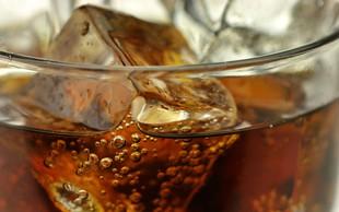 Ali gazirane pijače res povzročajo raka?