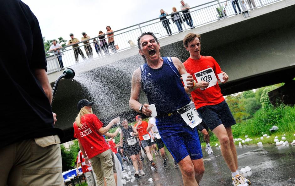 Voda ali športni napitki? (foto: Profimedia)