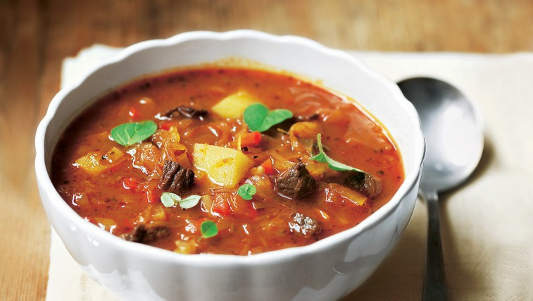 Madžarska golaževa juha (foto: foodstock photo)