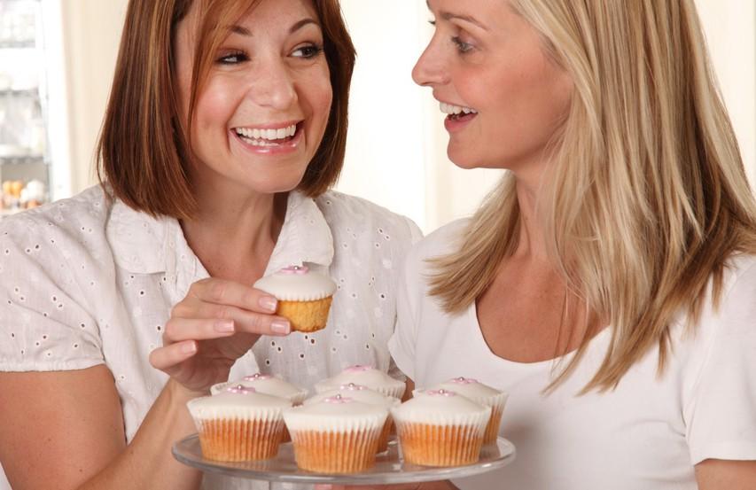 Majhni triki, kako se izogniti pridobivanju kilogramov v času praznovanj