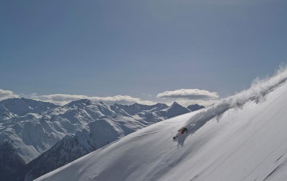Primerna priprava smuči zahteva poznavanje vrst snega (foto: Profimedia)