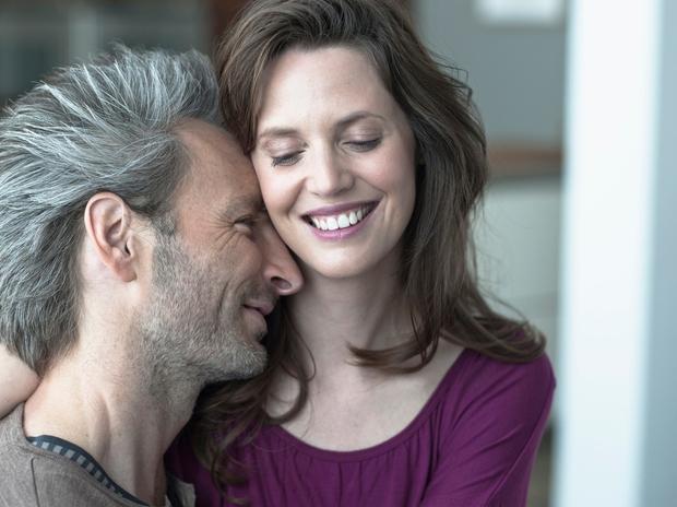 Ljubezen Ljubezen je lahko sijajna. Povzroča pa lahko tudi strašanske bolečine – je tako ambivalentna kot življenje, razvija pa se …