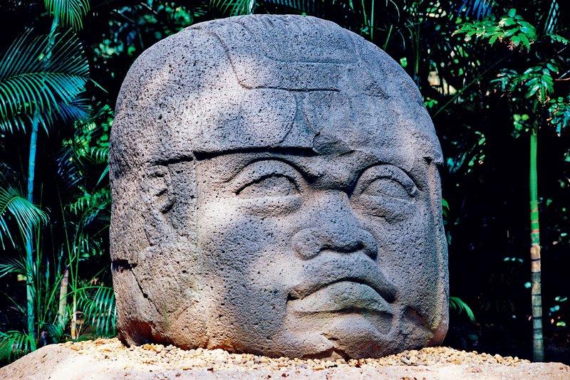 Olmeške kamnite glave