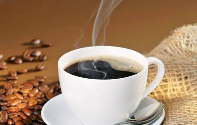 Vrača se 'na roke' skuhana kava