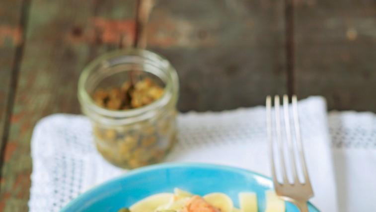 Rezanci z lososom (foto: stockfood photo)