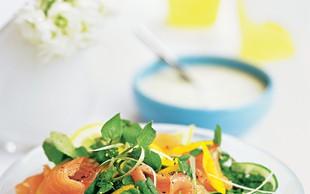 Predlog za okusen obrok: Fina lososova solata