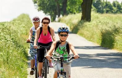 Kako otroku predstaviti kolesarjenje
