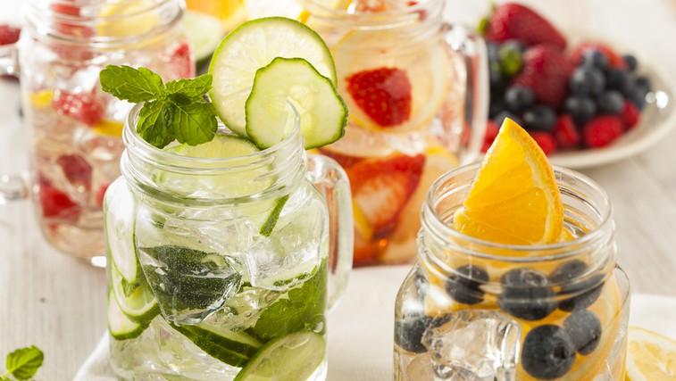 Doma pripravljene vode z okusom - 16 odličnih receptov (foto: Shutterstock.com)