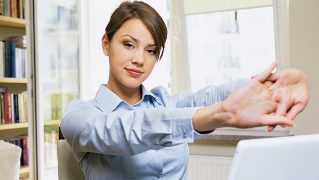 Praktični nasveti za telesni drži prijazno delo z računalnikom (foto: Profimedia)