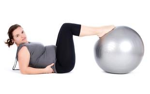 Kako se znebiti odvečnih kilogramov po porodu?