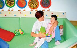 Dnevni center kot ena izmed oblik bivanja oseb z motnjo v duševnem razvoju