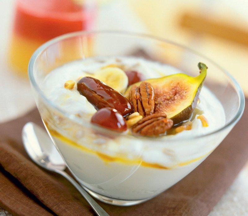 grški jogurt, suho sadje