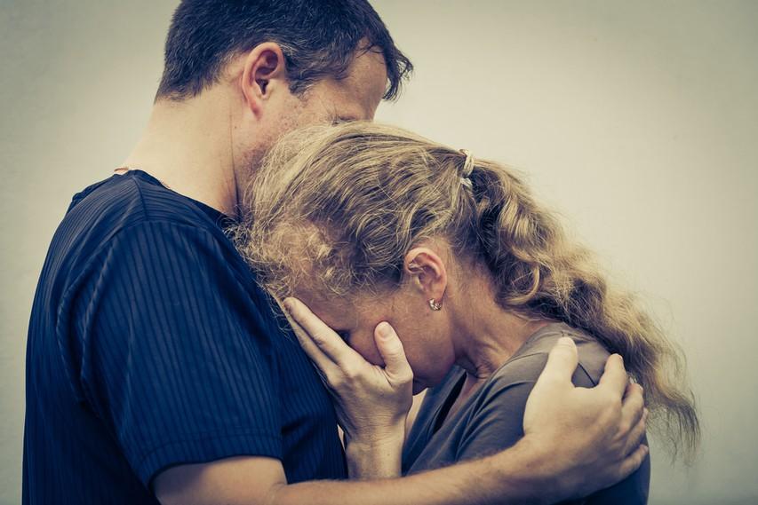 Ali obstaja razlika med 'odpustiti' in 'oprostiti'?