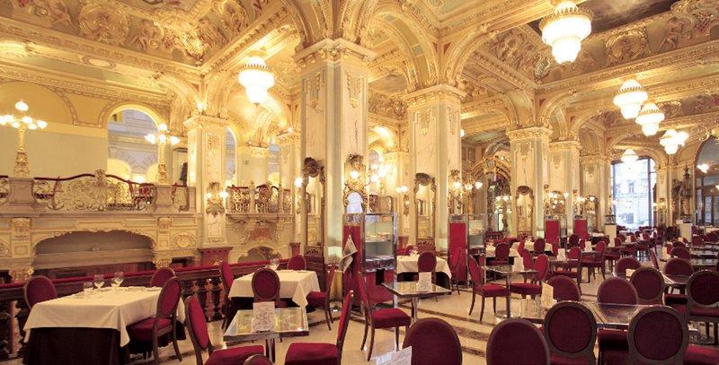kavarna v Budimpešti