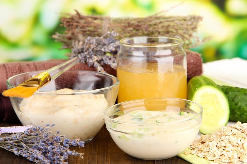 5 odličnih receptov za pripravo naravnih mask in mazil