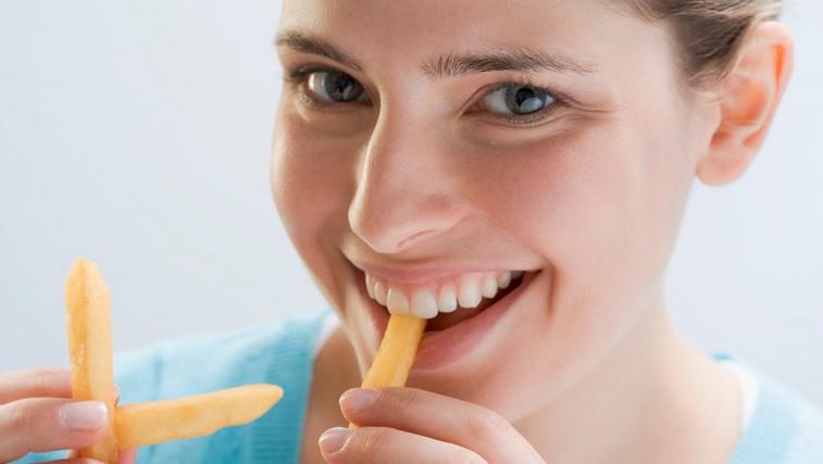 Kako pogosto si privoščite ocvrti krompirček? Zamenjajte ga s tem! (foto: Profimedia)