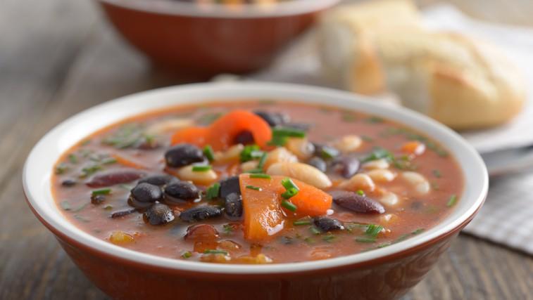 Najboljša juha iz črnega fižola (foto: Shutterstock.com)