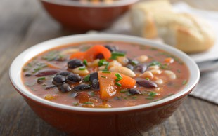 Najboljša juha iz črnega fižola