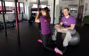 Priteg elastike kleče - za krepitev mišic hrbta