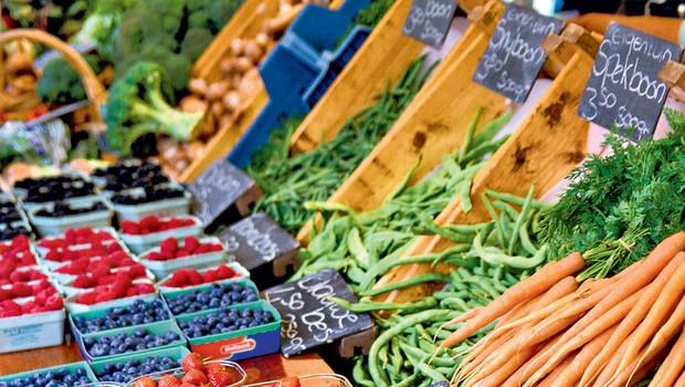 Kako povečati količino zaužitega sadja in zelenjave? (foto: profimedia)