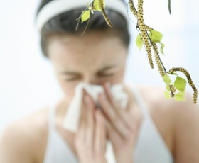 Pomlad je prinesla alergije - kako si pomagati?