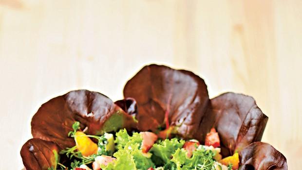 Solata z gorgonzolo in krešo (foto: revija Čarovnija Okusa)