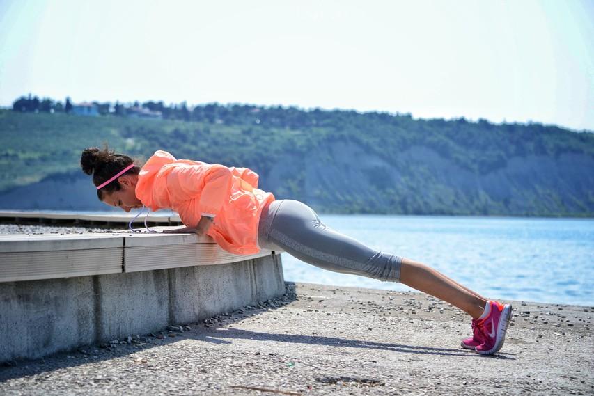 Ubijalski način kurjenja kalorij na dopustu