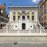 Stara borza dandanes ponuja  eleganten prostor za literarna  srečanja in še mnogo več. (foto: Revija Moje stanovanje)