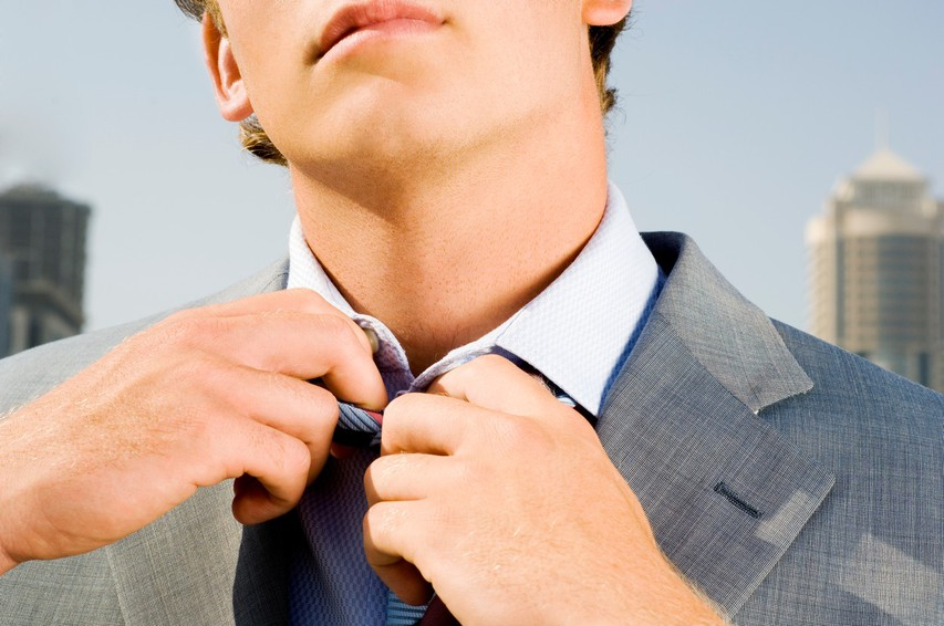 Kako tesno nosite kravato?