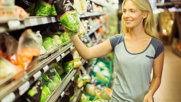 Po nakupih hrane s seznamom, polnim želodcem in po pameti (foto: Profimedia)