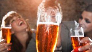 Imata alkoholizem in barva oči res kaj skupnega?