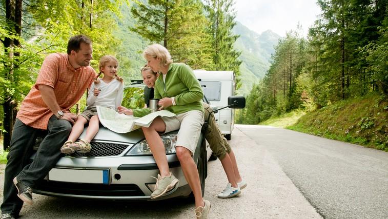 5 zlatih pravil, ki jih je dobro upoštevati na daljši poti z avtomobilom (foto: Shutterstock.com)