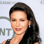Catherine Zeta-Jones (foto: Revija Lisa)