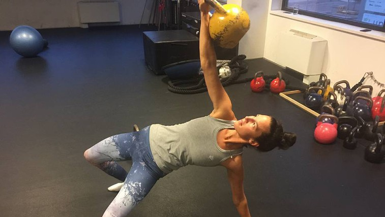 Kaj naredi fitnes trenerka, ko nima volje za vadbo? (foto: Nuša gnezda)