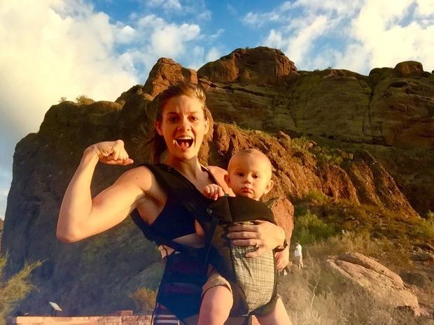 Mlada mamica Kristy Ardo je postala prava spletna senzacija, saj na Instagramu vsak dan dokazuje, da se tudi s 14-mesečnim …