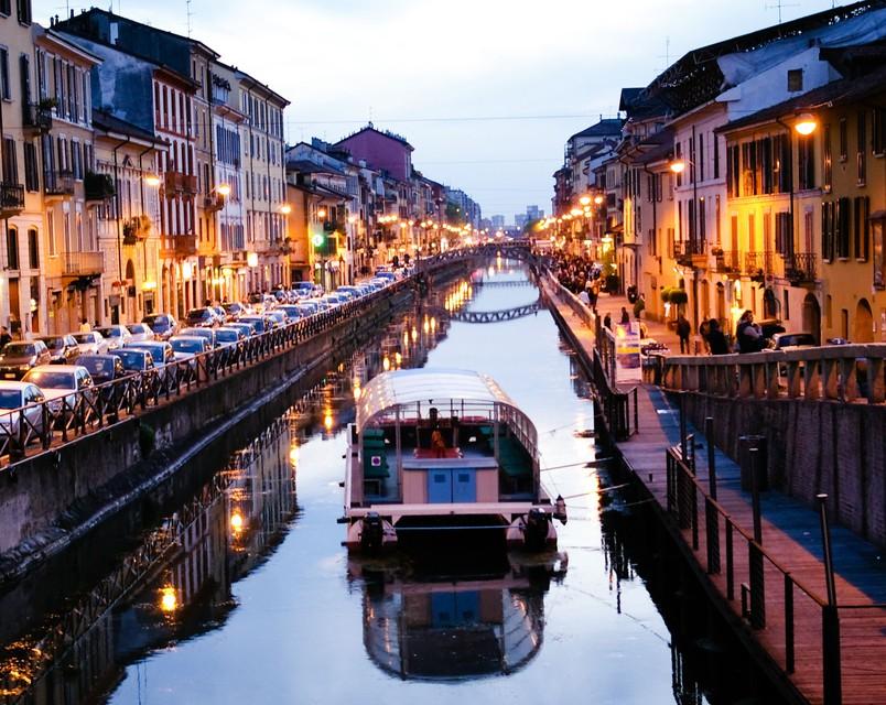 Pogled na milanski kanal.