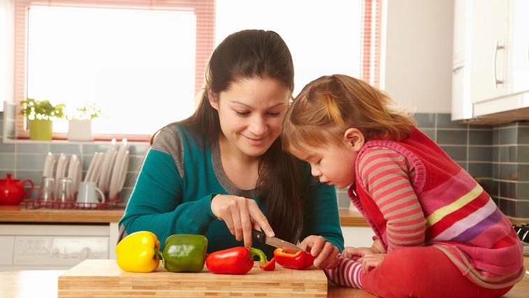 5 nasvetov, da bo vaš otrok počasi začel jesti sadje in zelenjavo (foto: Profimedia)